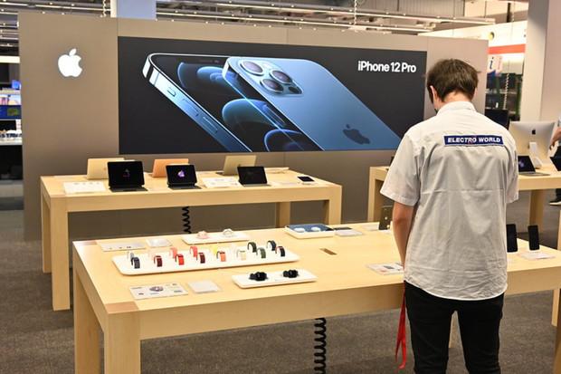 Electro World otevřel na Zličíně první oficiální Apple Shop