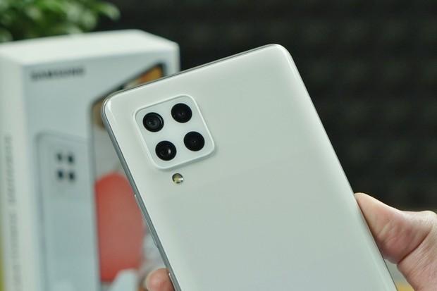 Nový Samsung Galaxy M42 je dvojčetem Galaxy A42 5G