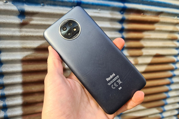 Začínáme testovat nejlevnější 5G telefon na trhu! Jaký je nový Redmi Note 9T?