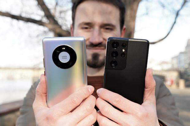 Samsung Galaxy S21 Ultra vs. Huawei Mate 40 Pro. Která z vlajkových lodí fotí lépe?