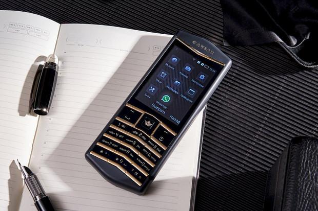 Caviar Origin je pravděpodobně nejdražším tlačítkovým telefonem na světě
