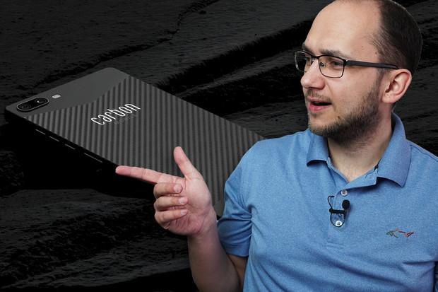 108 Mpx od Realme a nejlehčí telefon z karbonu