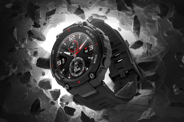 Amazfit chystá hodinky T-Rex Pro, se kterými se budete moci potápět