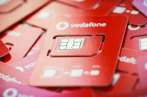 Vodafone představuje SIM karty v novém. Ušetří tuny plastu i papíru ročně