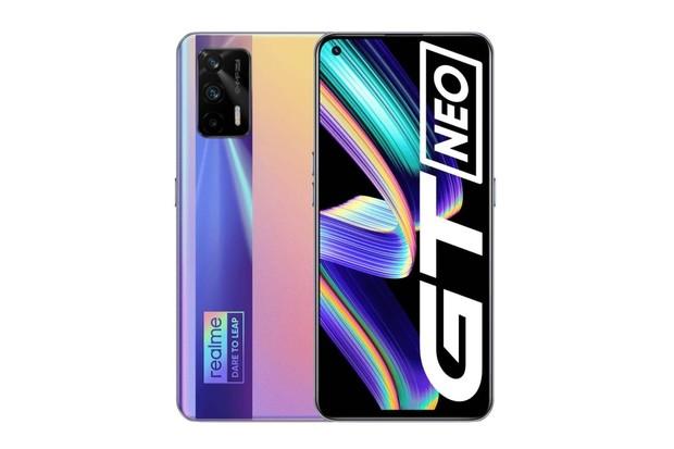 Realme GT Neo2 nabídne špičkový AMOLED displej se 120 Hz. Představí se 22. září