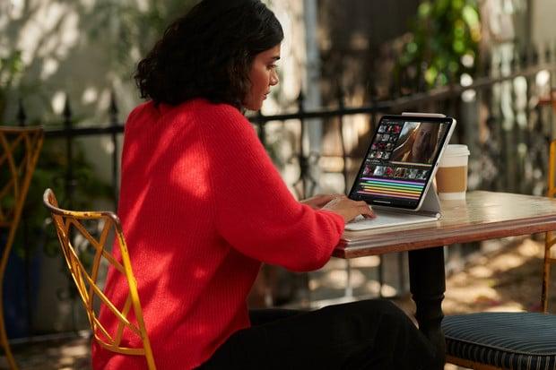 Apple představil nové iPady Pro s procesorem M1. Ceny vystoupaly k 65 tisícům Kč