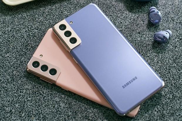 Galaxy S21 je s cenou na minimu, teď ho koupíte o 6 tisíc levněji