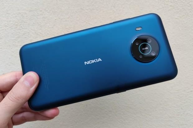 Nejdražší Nokia v redakci. Testujeme novou Nokii X20 s ekologickým balením