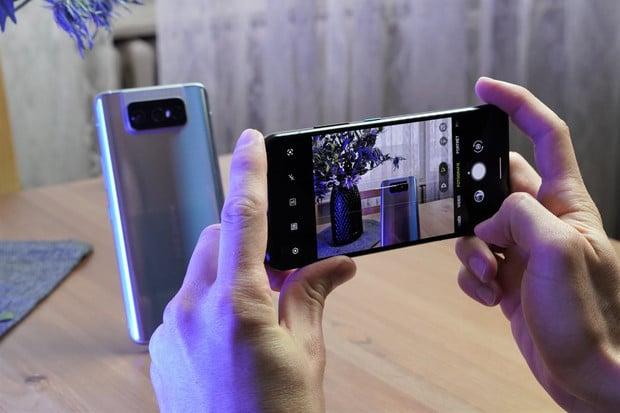Najdete rozdíl? Porovnali jsme, jak fotí ASUS ZenFone 8 Flip a kompaktní ZenFone 8