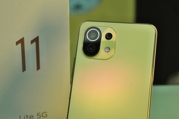 T-Mobile v červnu k telefonu Xiaomi přibalí druhý jako dárek