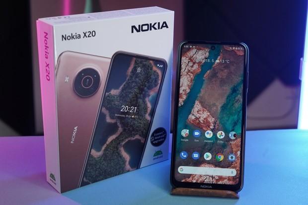 Nokia v 1. čtvrtletí dodala 13 miliónů telefonů. Těch chytrých však bylo minimum