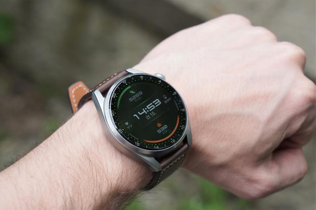 K předobjednávce hodinek Watch 3 (Pro) Huawei přihodí sluchátka FreeBuds 4i