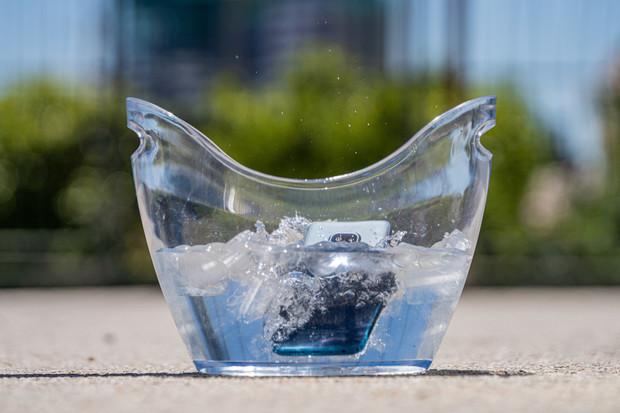 Zvýšená odolnost přijde vhod. Nokia XR20 přežije i pod vodou