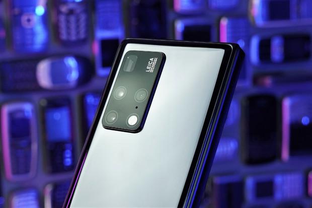Nejlepší ohebný fotomobil současnosti? Podívejte se, jak fotí Huawei Mate X2