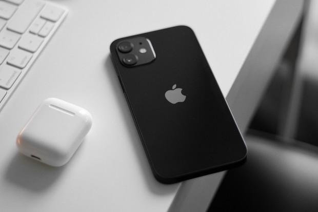 Back to Black Friday. Mobil Pohotovost spustila slevy na Apple, Xiaomi a další