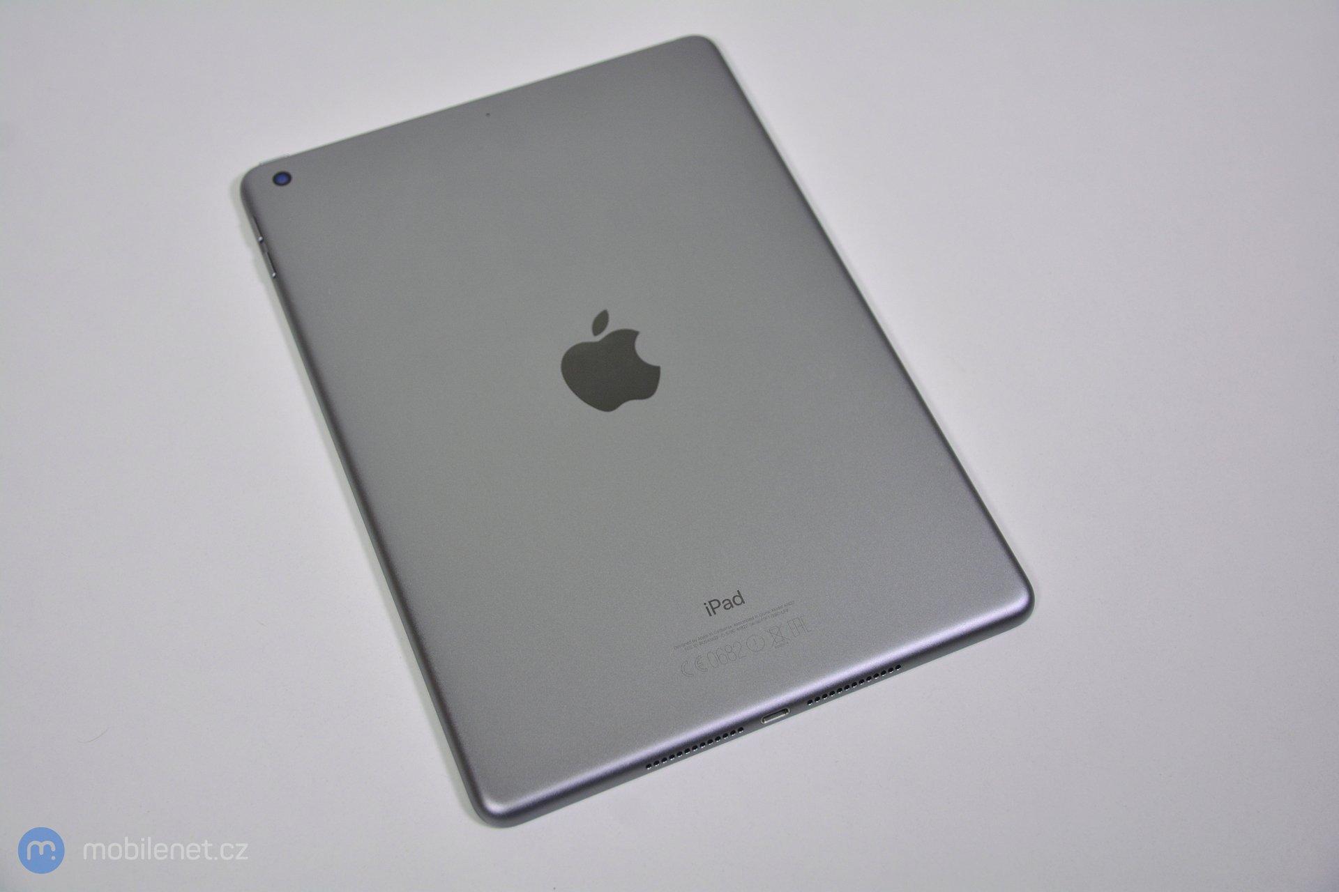 iPad (2017) 10