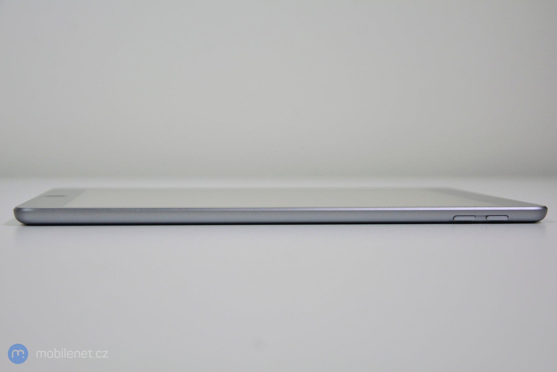 iPad (2017) 7