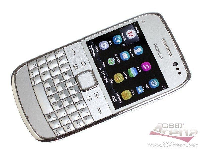 Nokia E6 -první živé fotografie