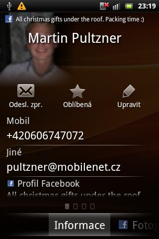 Sony Ericsson Live with Walkman - ukázkový kontakt