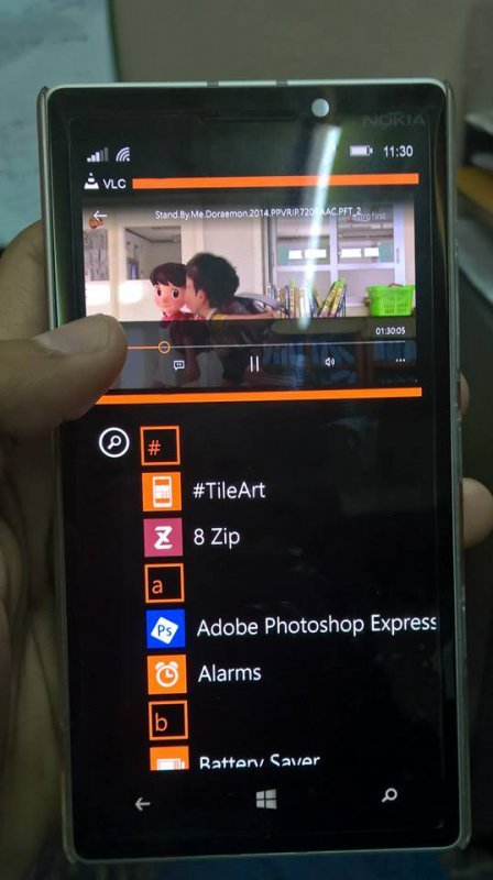 Windows Phone 8.1 multi-window