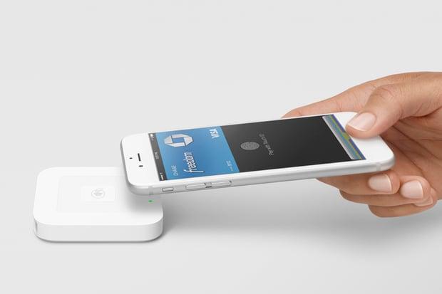 Zákulisní informace prozrazují, že Apple Pay je v České republice na spadnutí