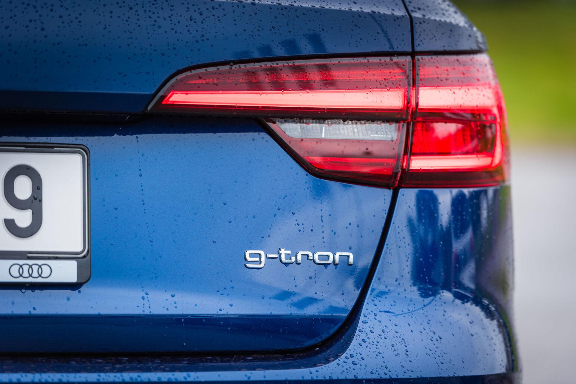 Audi A4 g-tron (2015)