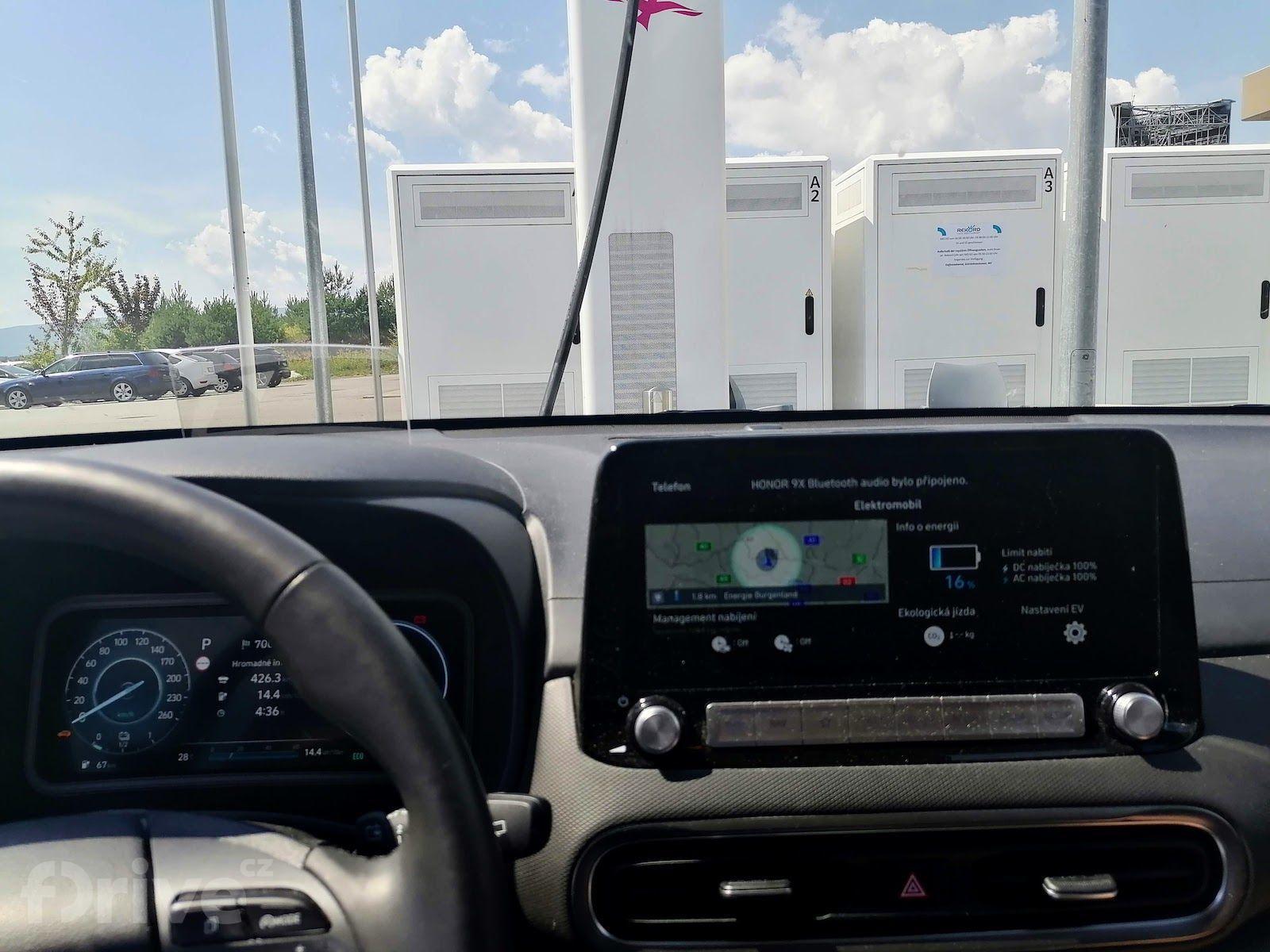 Cesta do Chorvatska - Hyundai Kona
