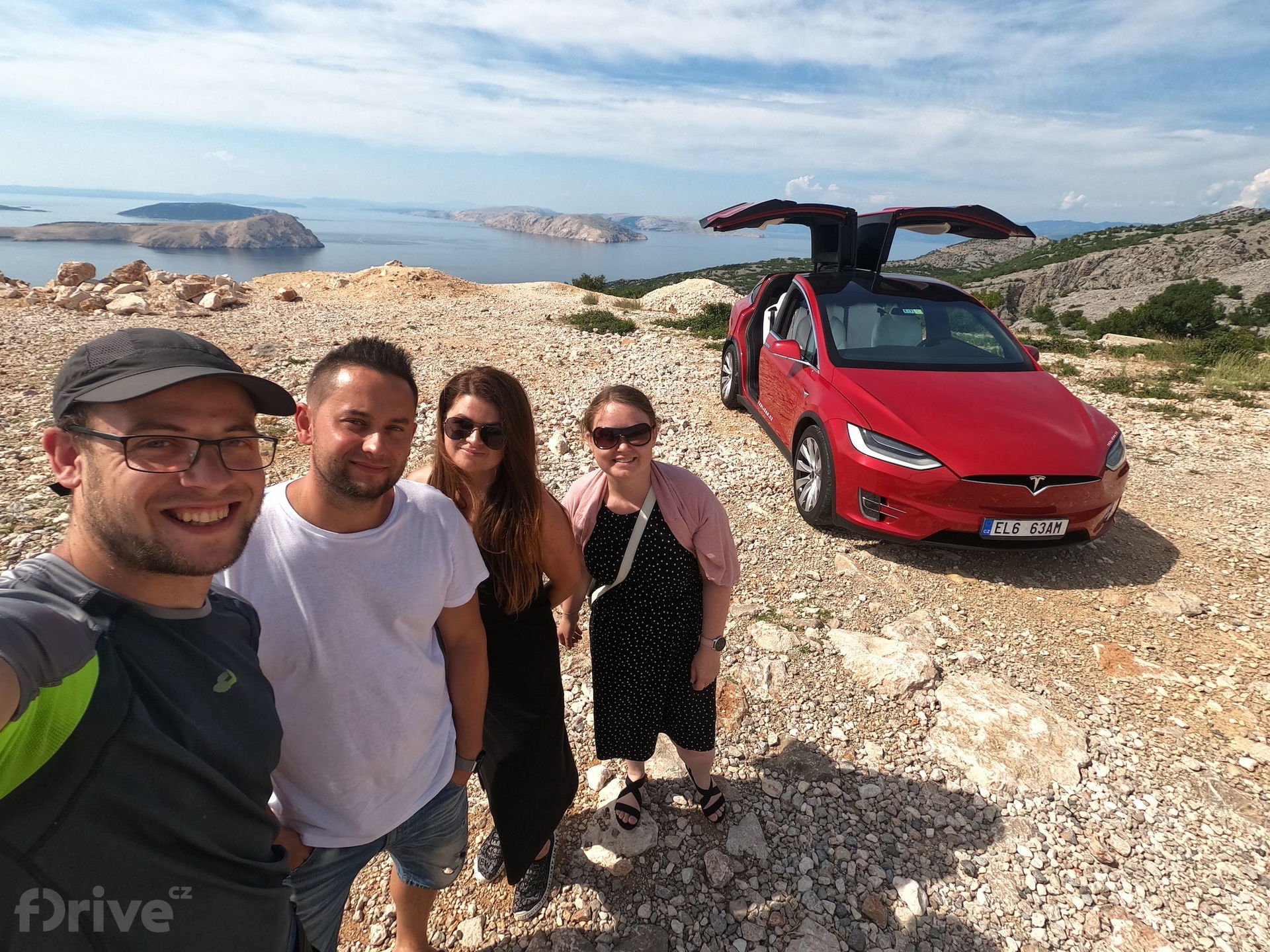 Cesta do Chorvatska - Tesla Model X a tým Teslicka.cz