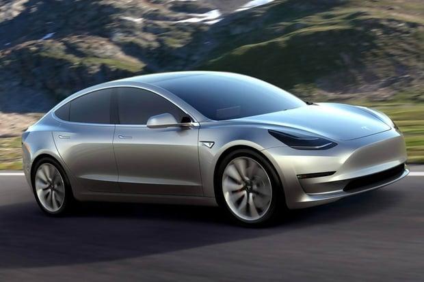 V Jižní Koreji se tvoří fronty, Model 3 od Tesly lze pořídit již za 600 000 korun