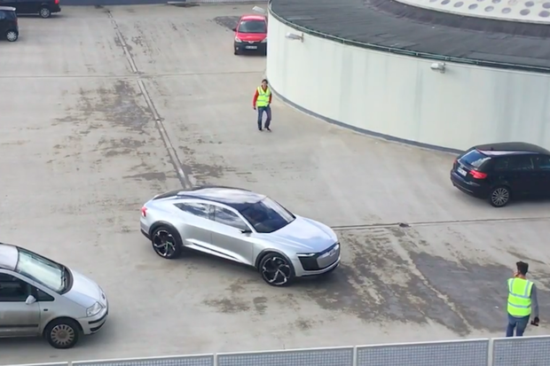 V Hamburku testují Audi e-tron na střechách