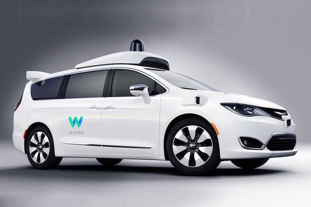 Ve Phoenixu si můžete objednat autonomní taxi Waymo