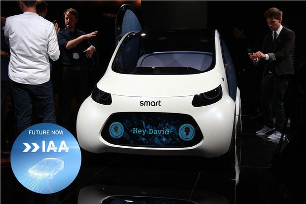 """""""Miniautomobilka"""" smart předvedla opravdu chytrou a lákavou budoucnost"""