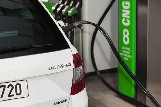 Prodeje ojetin v programu Škoda Plus stoupají. Daří se hlavně CNG