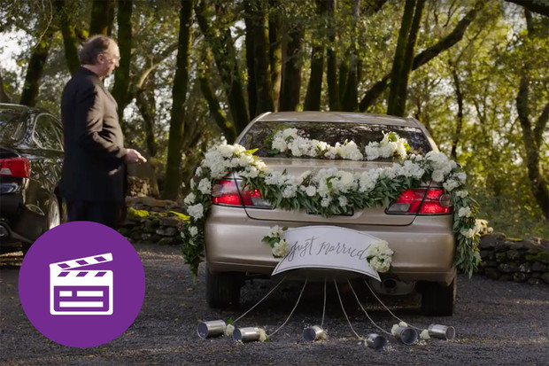Nejlepší automobilové reklamy: záměna aut na svatbě
