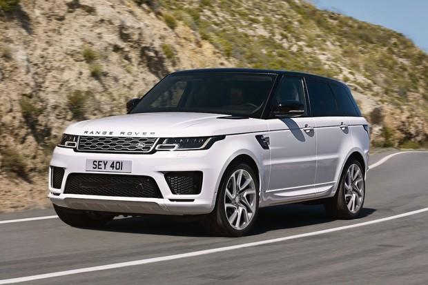 Range Rover můžete vůbec poprvé zapojit do zásuvky. Má 404 koní