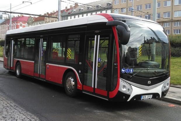 Nová generace elektrobusu dorazila do Prahy