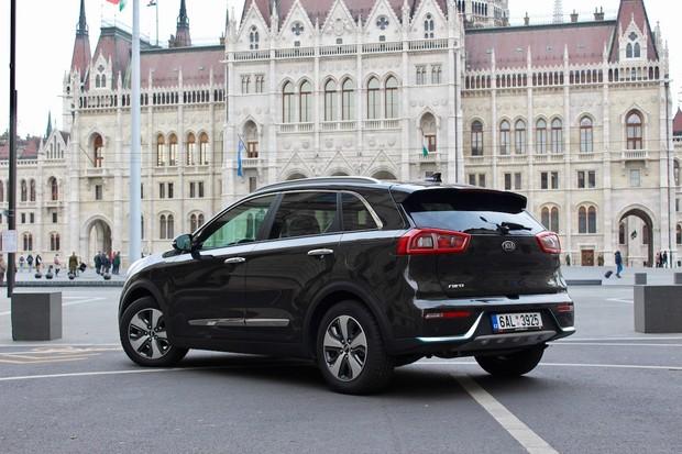 Kia hlásí rekordní prodeje hybridních a elektrických modelů