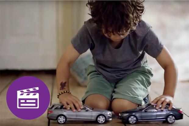 Nejlepší automobilové reklamy: Také jste jako malí rádi bourali s modely aut?