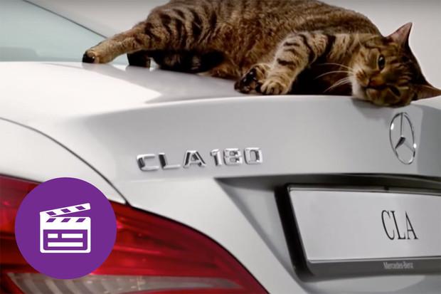 Nejlepší automobilové reklamy: v jednoduchosti je <strike>číča</strike> síla