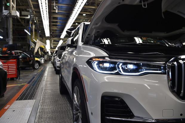 Obrovské BMW X7 už sjíždí z výrobních linek. Co o něm zatím víme?