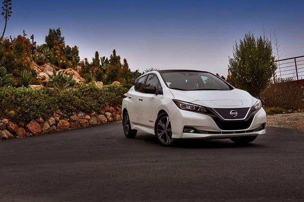 Silnější Nissan Leaf se na lednovém CESu v Las Vegas přeci jen ukáže