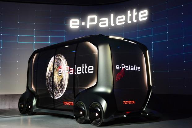 Sci-fi od Toyoty. Automobilka na CESu ukázala multifunkční vozítko E-Palette