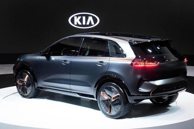 Kia Niro EV Concept spatřila světlo světa. Na jedno nabití ujede reálně 380 km