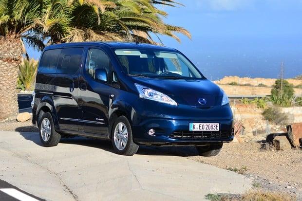 Vyzkoušeli jsme inovovaný Nissan e-NV200. Dojede mnohem dál