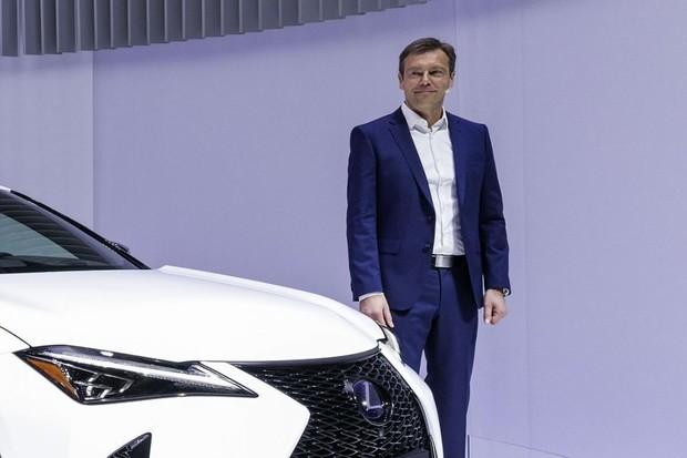 Rozhovor s ředitelem Lexusu pro Evropu. Co si myslí Pascal Ruch o elektromobilech?