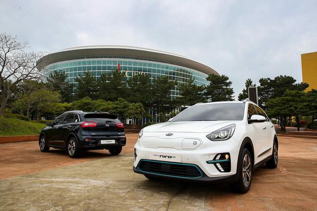 Dvě kapacity baterií a dojezd až 450 km. Evropané pořídí Kia Niro EV příští rok