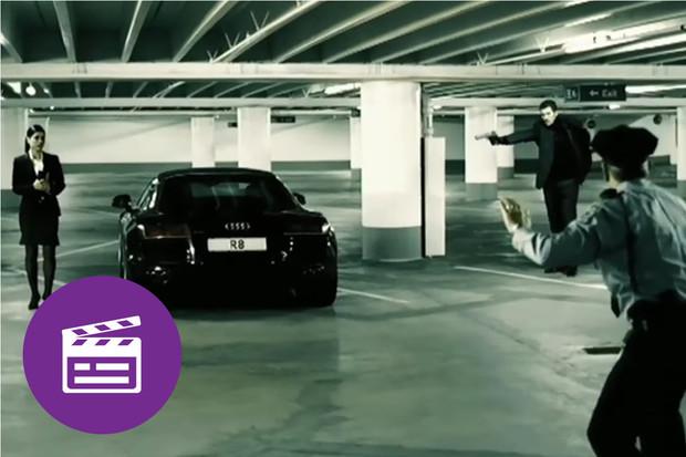 Nejlepší automobilové reklamy: Audi R8 jako rukojmí