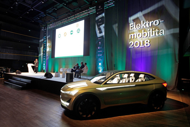 Škoda Auto se chystá na prodej elektromobilů. Chce sjednotit nabíjení
