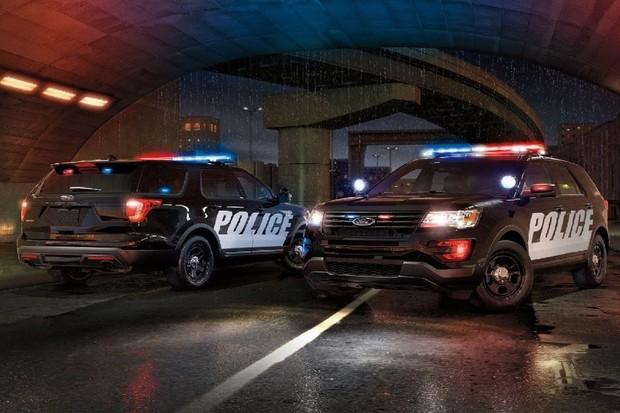 Nový policejní Ford Interceptor bude prvním hybridem amerických strážců zákona