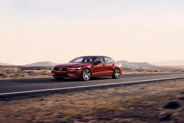 Nový model S60 je první Volvo bez možnosti dieselu a první Volvo vyráběné v USA